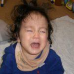 赤ちゃんが泣くのはママのせいではありませんー!